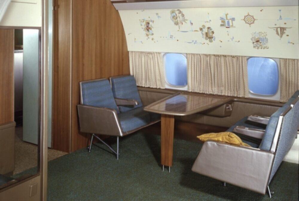 DC-8 Interior
