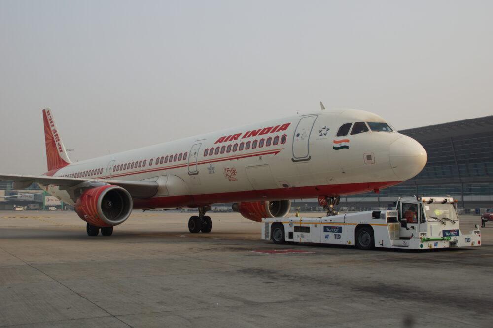Air India TaxiBot