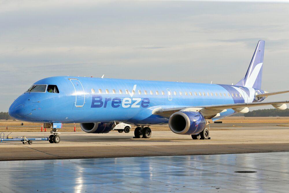 Breeze Airways Embraer E195