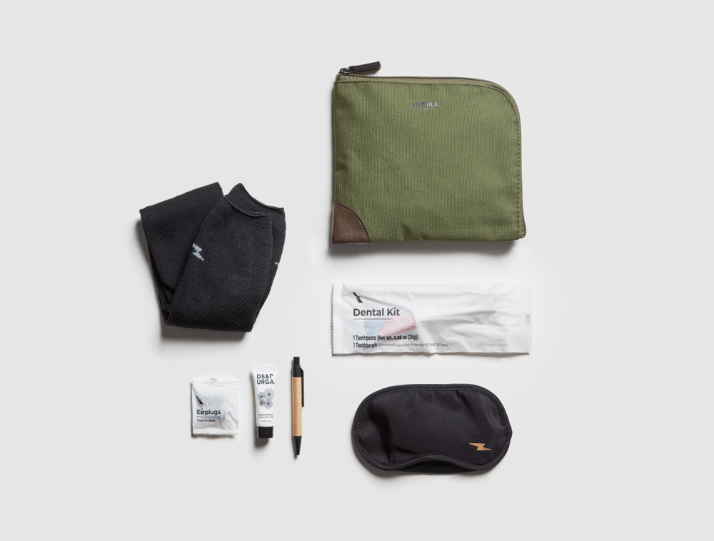 American-Airlines-New-Amenity-kits