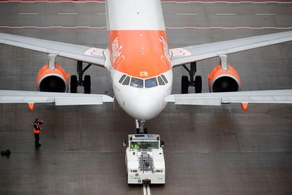 easyjet, summer demand, aircraft reactivated