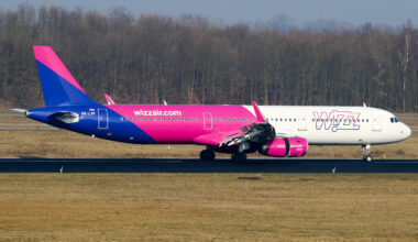 WizzAir A321 aircraft rolling out after a flight from