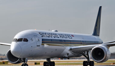 SIA 787-10 Singapore
