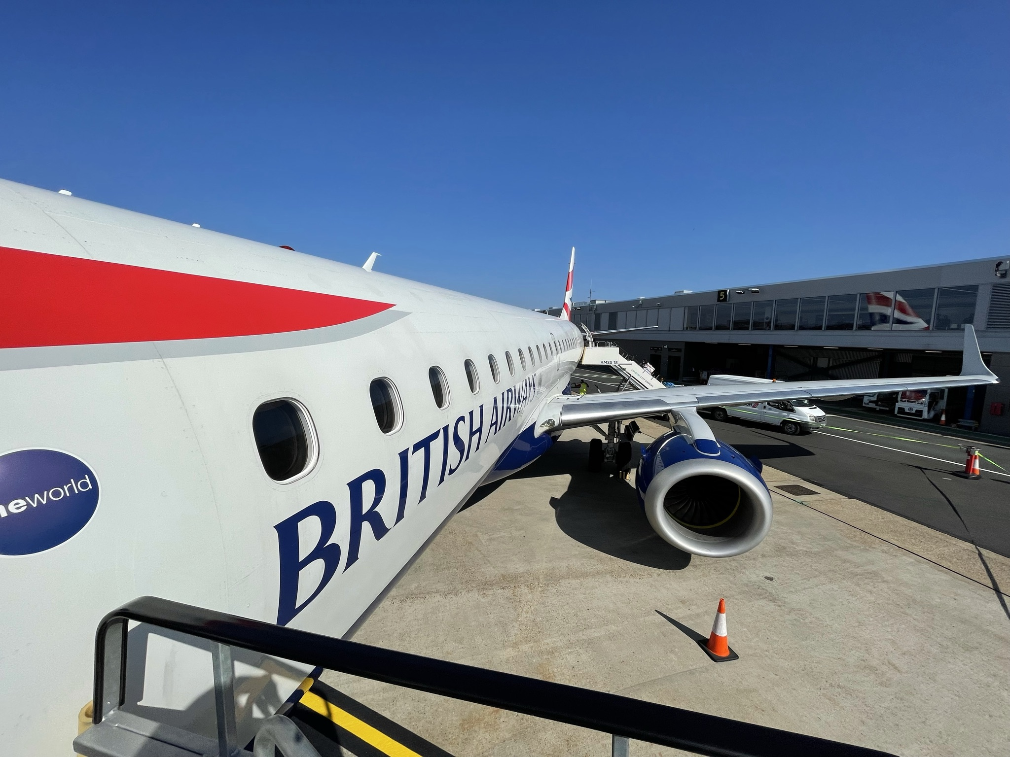 British Airways, Embraer E190, Review