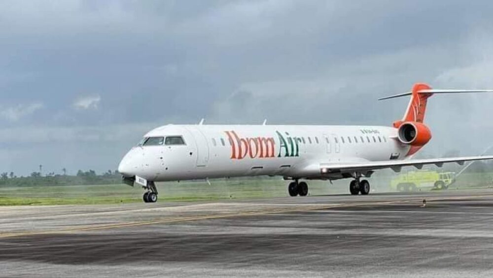 Ibom Air CRJ900LR
