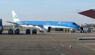 KLM_E195-E2_PH-NXB