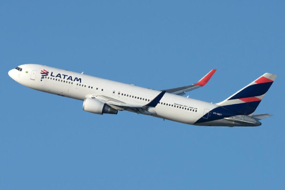 LATAM Boeing 767-300ER