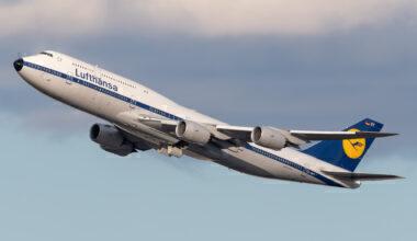 Lufthansa (Retro Livery) Boeing 747-830 D-ABYT (2) (2)