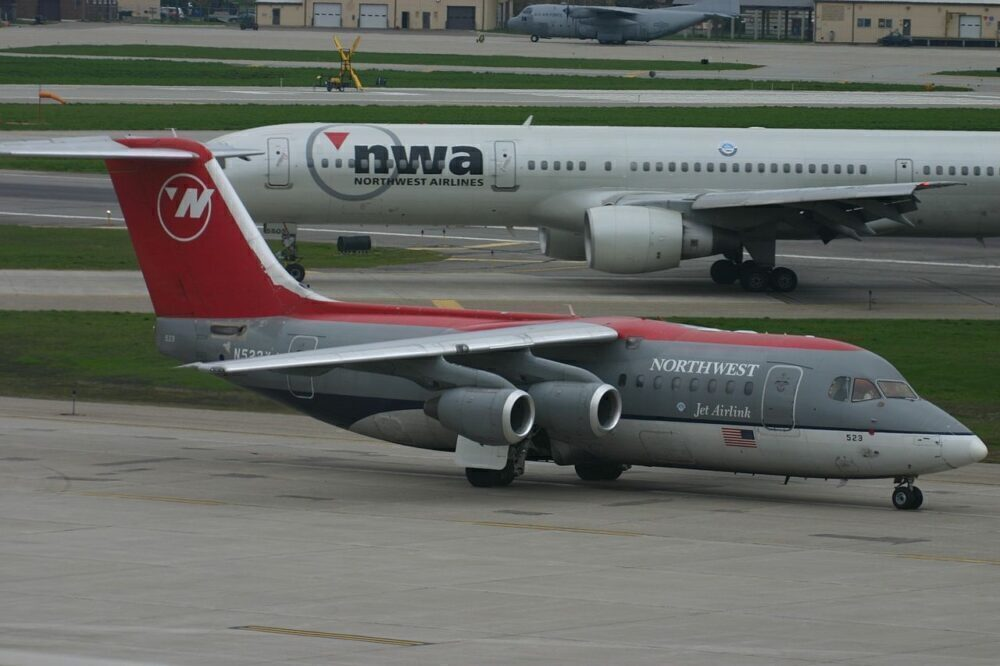 Mesaba Avro RJ85