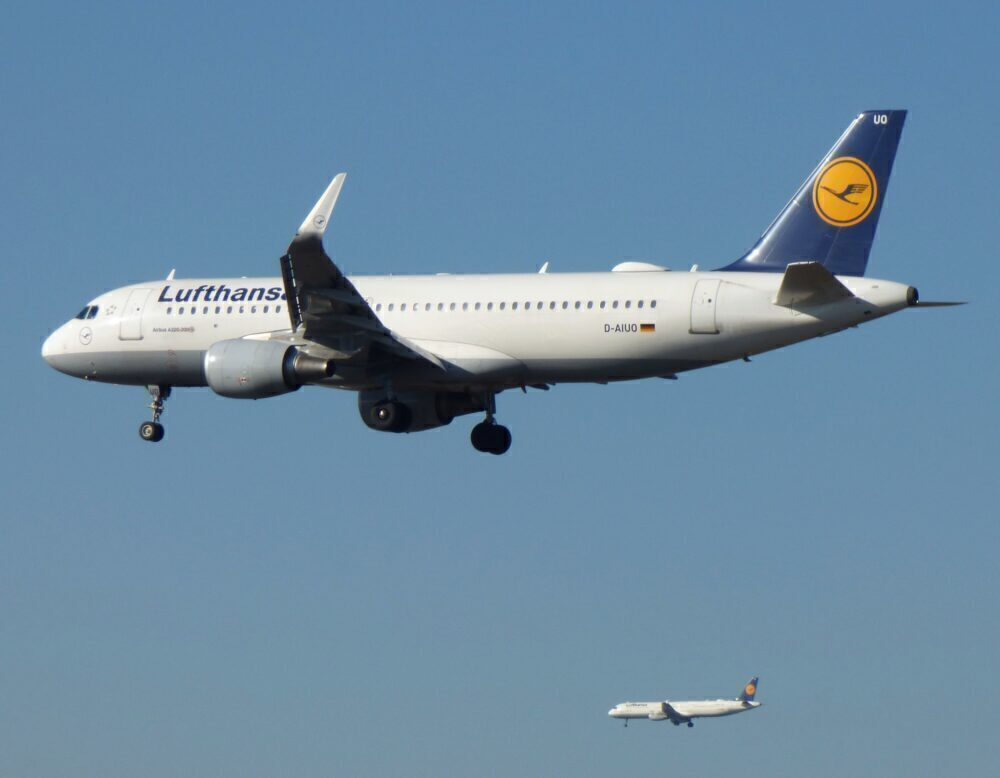 Lufthansa Parallel Landing Frankfurt