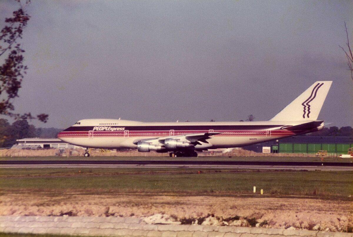 People_Express_Boeing_747_N602PE