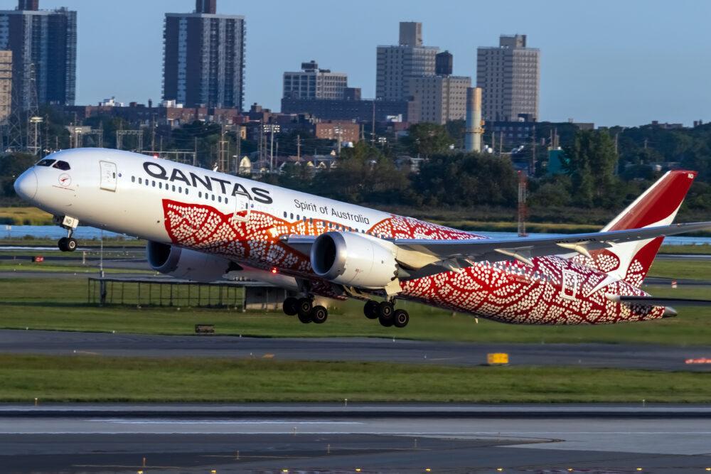 Qantas (Yam Dreaming Livery) Boeing 787-9 Dreamliner VH-ZND