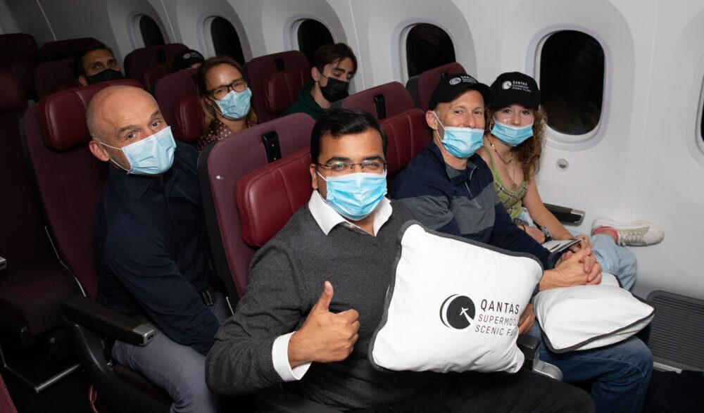 qantas-supermoon-flight