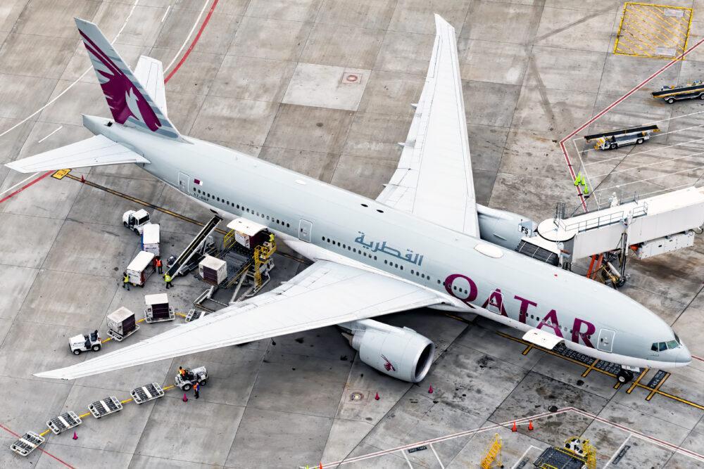 Qatar Airways Boeing 777-2DZ (LR) A7-BBF
