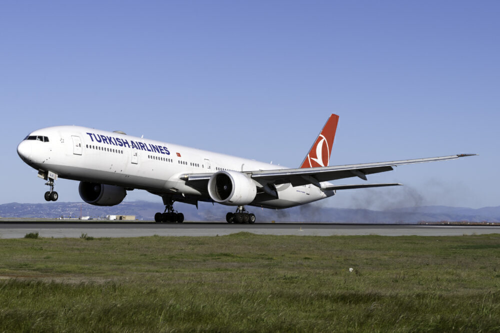 Turkish Airlines B777-300ER