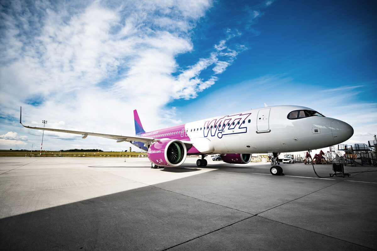 Wizz Air Tests WiFi 'Lite' For Messaging And Contactless Payments