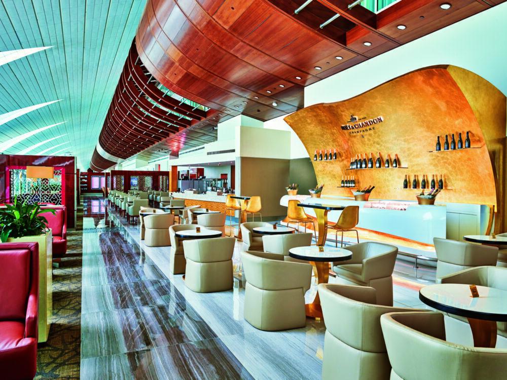 Emirates Business Lounge Dubai
