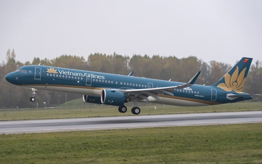 Vietnam Airlines Set To Receive $174 Million In Aid From Banks