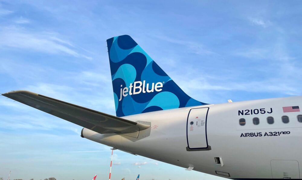 A321neo jetblue ribbons tailfin