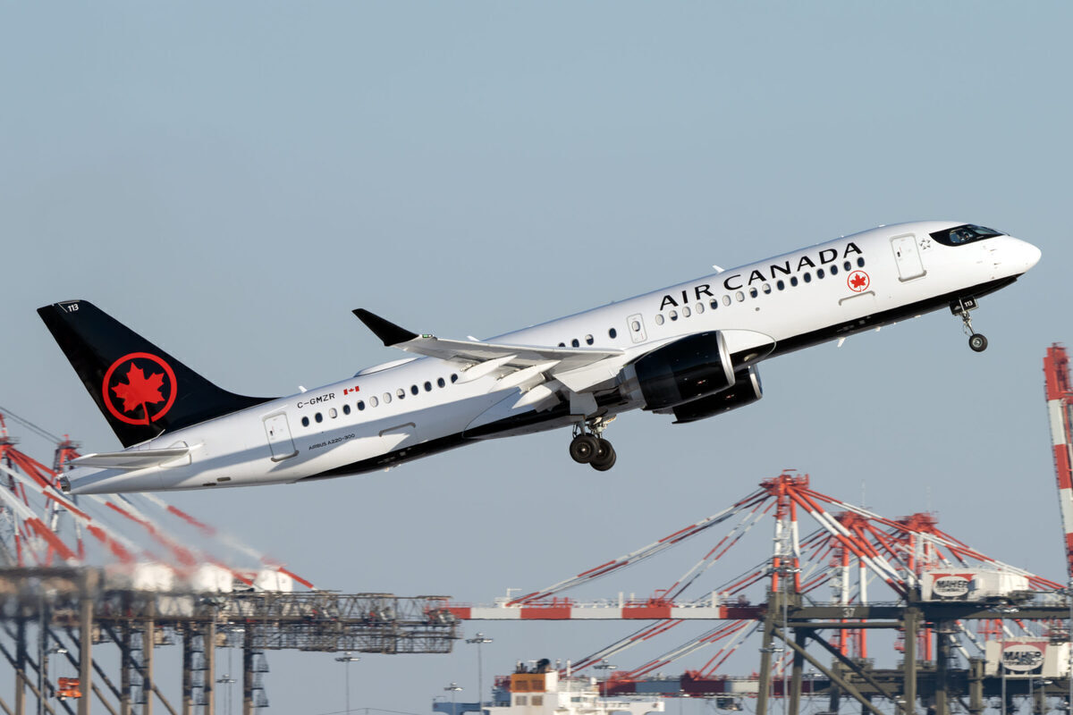 US Pursues $25 Million Fine Against Air Canada Over Refunds