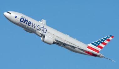 American Airlines Boeing 777-200 (1)