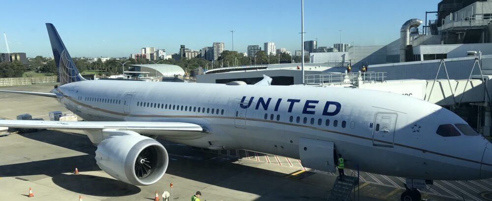 United-Airlines-pilot-shortages