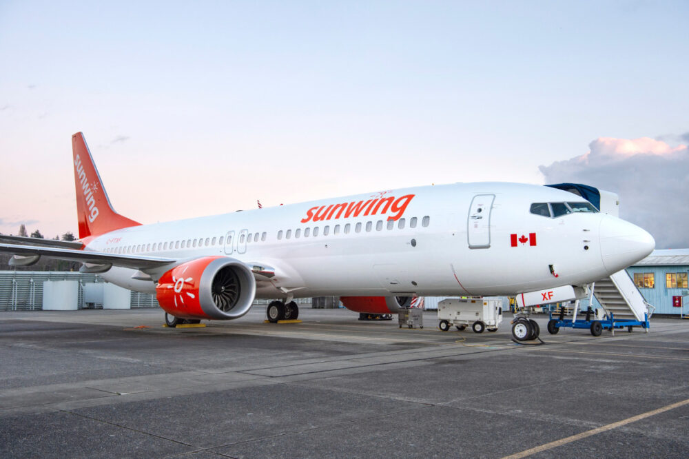 Sunwing Airlines 737 MAX