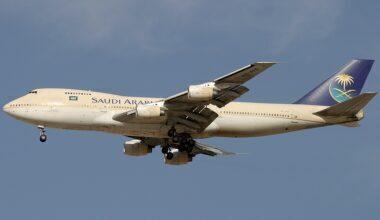 Boeing_747-168B,_Saudi_Arabian_Airlines_AN0993061