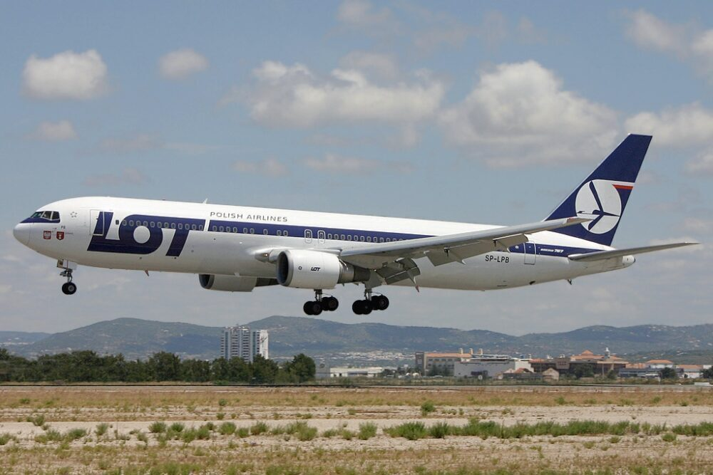 LOT Polish Airlines Boeing 767