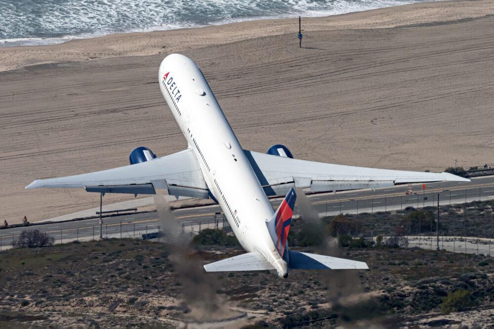 Delta One B767
