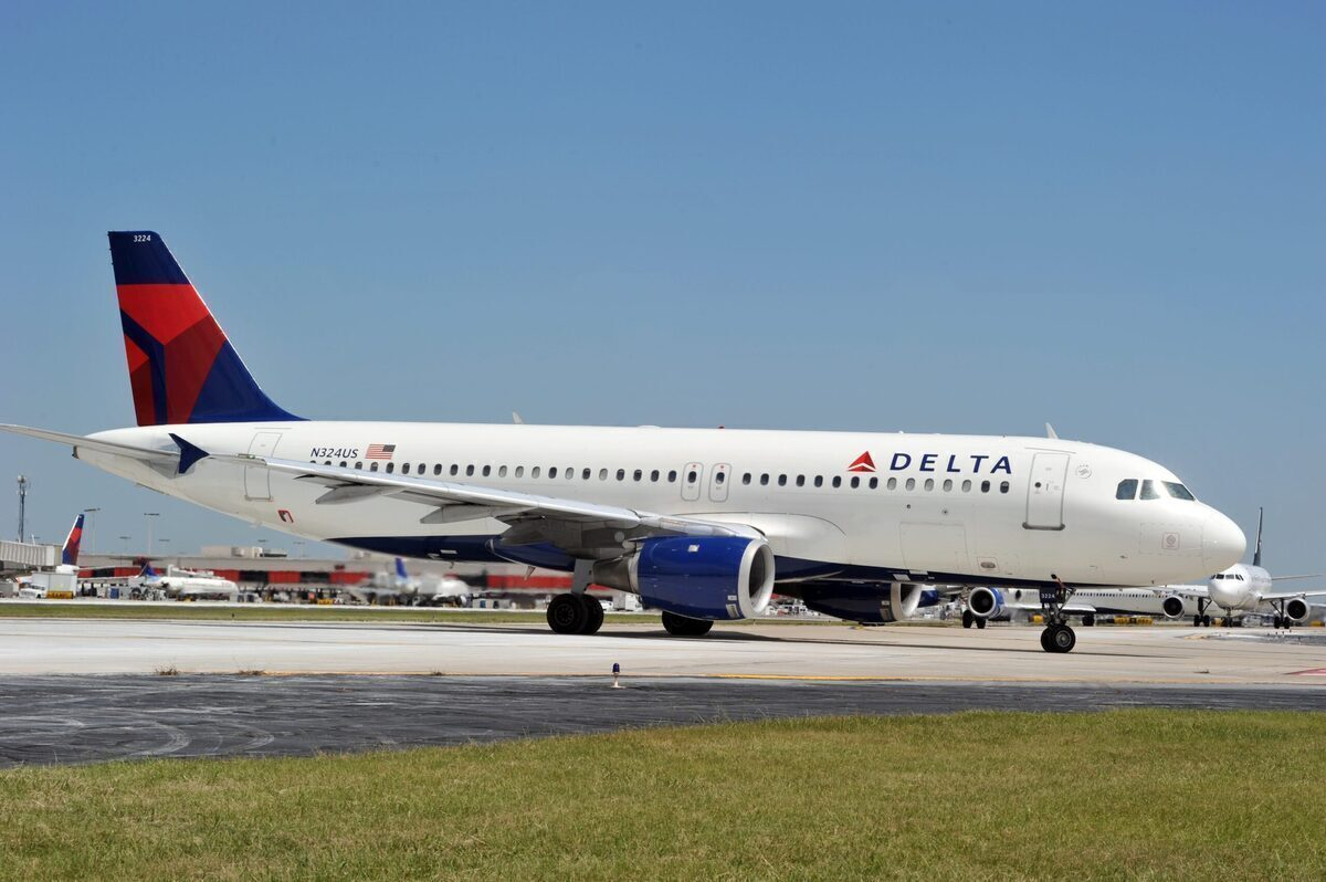 Delta Air Lines Airbus A320 Returns To Minneapolis After Multiple Issues