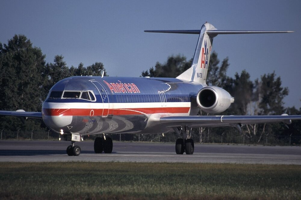 Why American Airlines Retired The Fokker 100