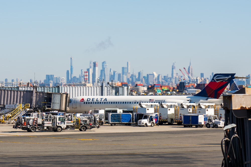 Delta Airlines Boeing 717-200 seen in Newark