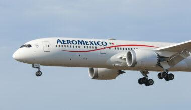 Aeromexico Boeing 787 Dreamliner Landing In New York JFK