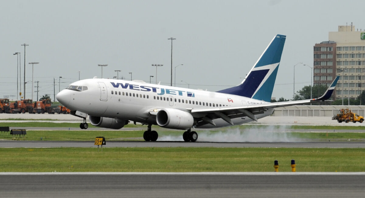 WestJet-Boeing-737-Cargo-Arm-getty