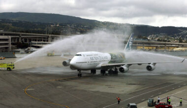 Air New Zealand Frodo Plane