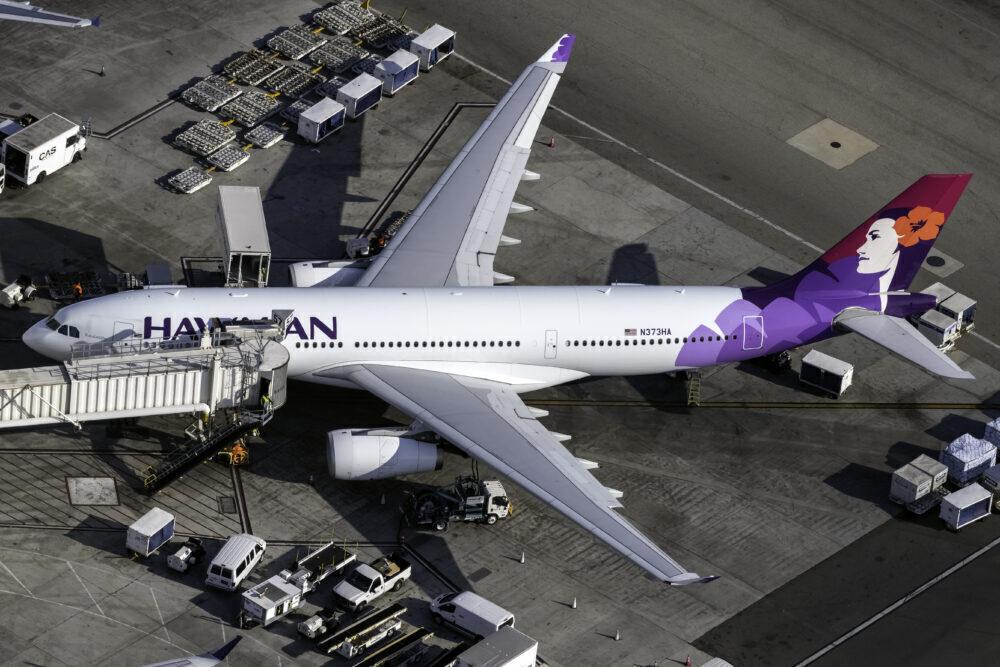 Hawaiian Airlines Airbus A330-243 N373HA (1)
