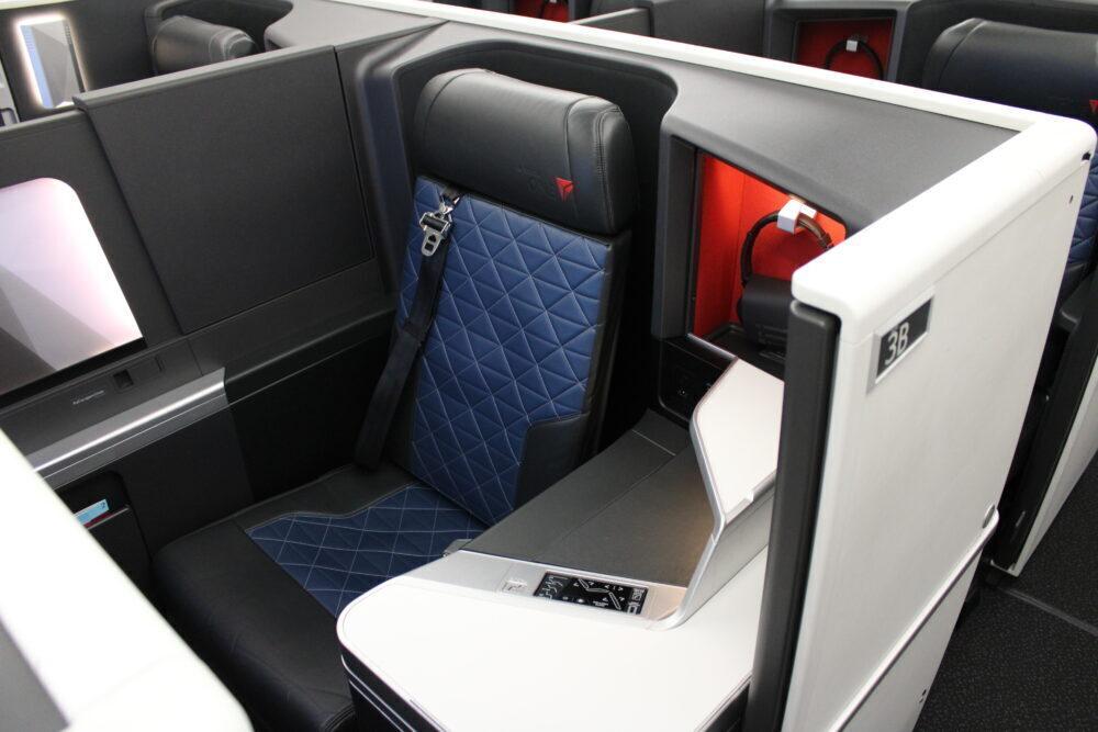 DL A350 D1