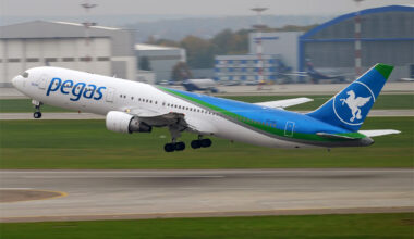 Pegas Fly Ikar Boeing 767-300