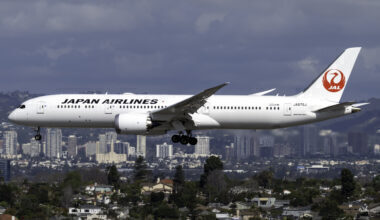 japan-airlines-boeing-787-9