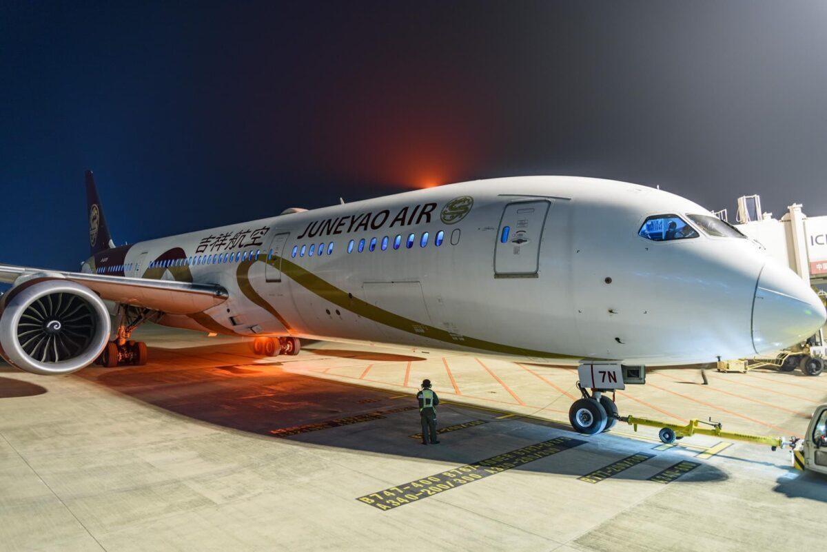 Juneyao Air Boeing 787-9