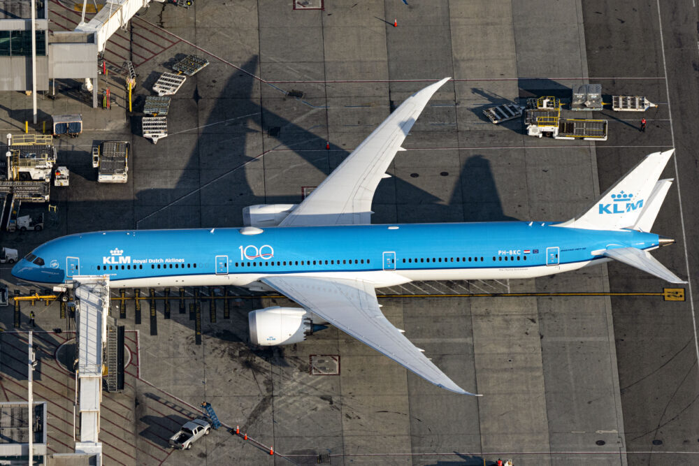 KLM Staff Under Investigation After Reports Of Racist Comments
