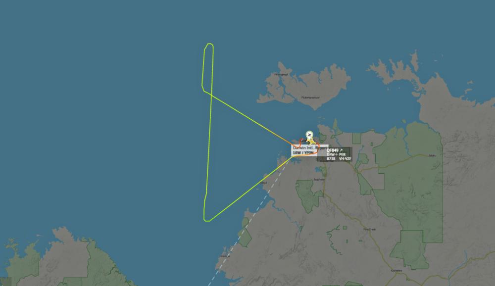 Qantas-787-gear-issue-sydney