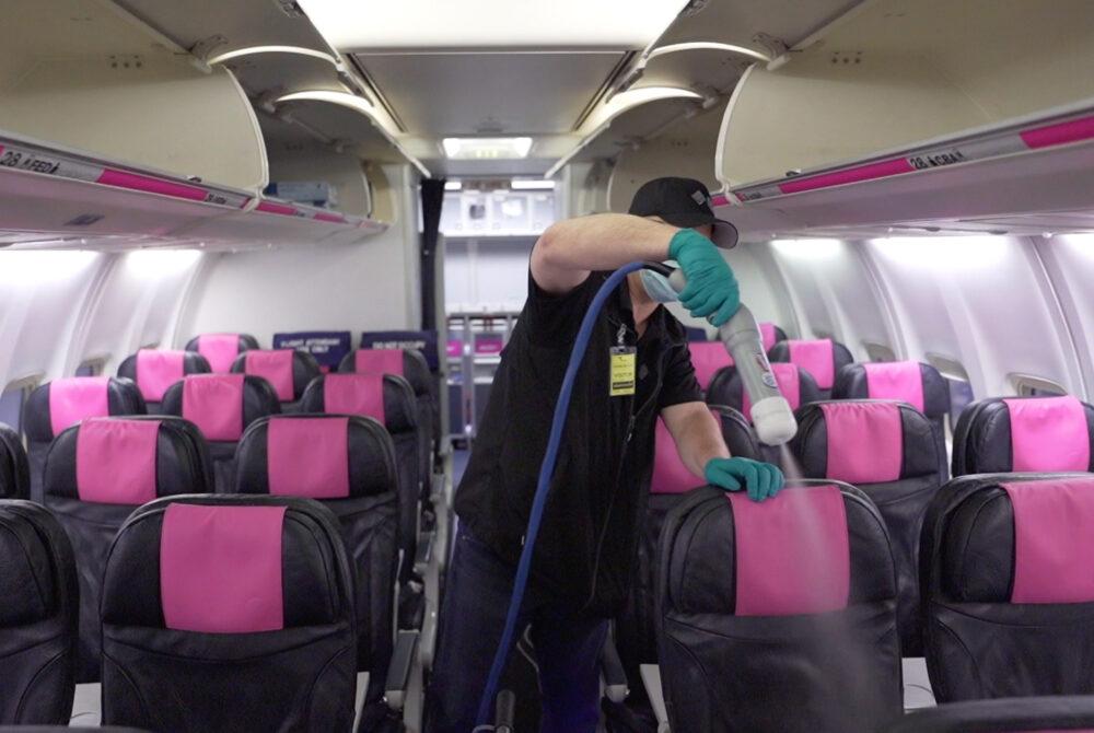 Swoop 737 Interior