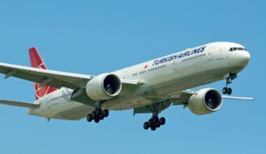 Turkish_Airlines_777-300ER_(5751530629)