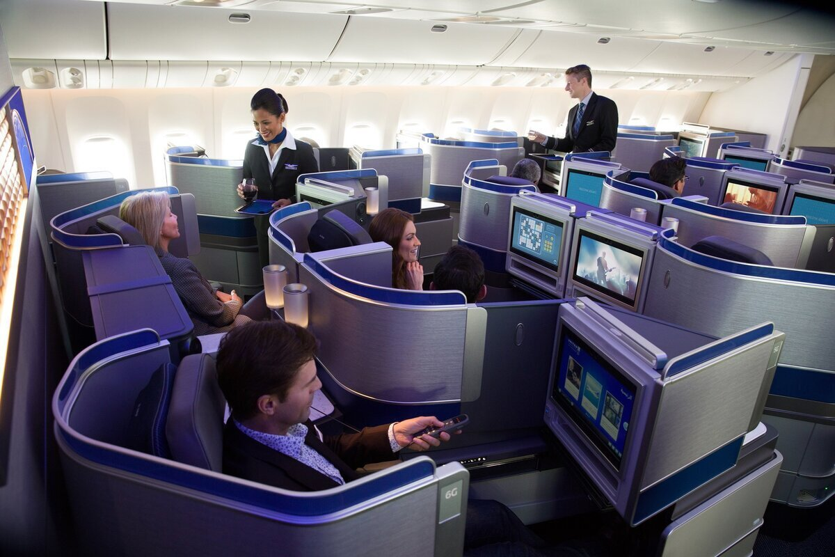 United 767 polaris