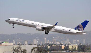 United B757-300