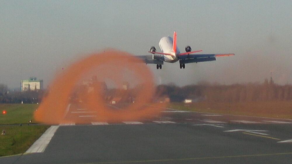 Wingtop vortices