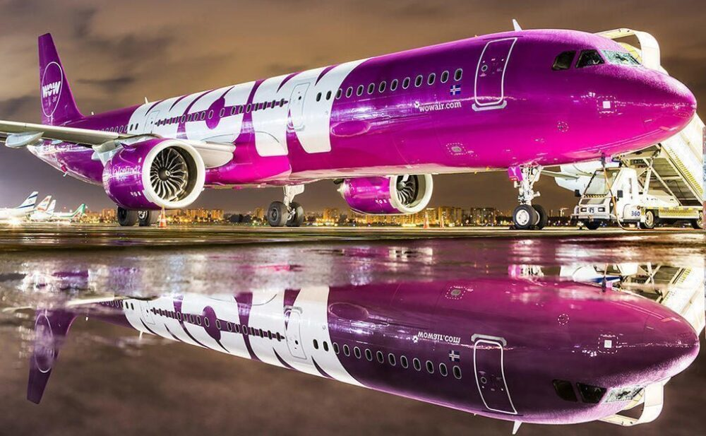WOW PLAY airlines
