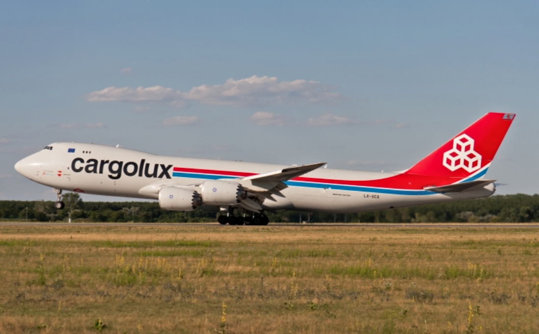 Oops: Southwest Boeing 737 And Cargolux Boeing 747-8F Suffer Minor Collision In Chicago
